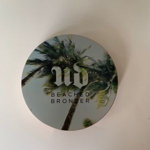 URBAN DECAY BEACHED BRONZER (gently used)